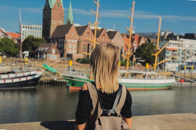 Иностранка в Бремене размышляет о получении немецкого паспорта